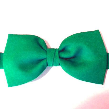 pajarita verde esmeralda