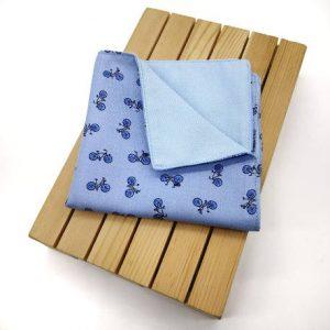Pañuelo azul bicicletas