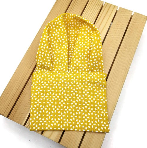 pañuelo de bolsillo mostaza estampado