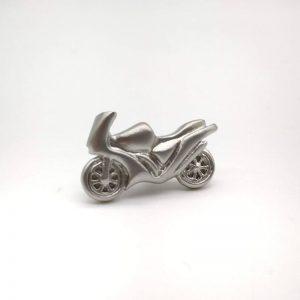 Pin de solapa moto