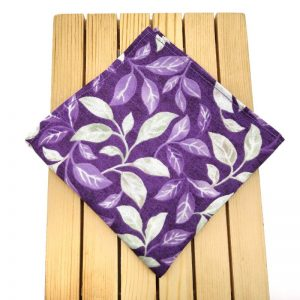 Pañuelo morado hojas