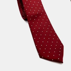 Corbata burdeos & topos
